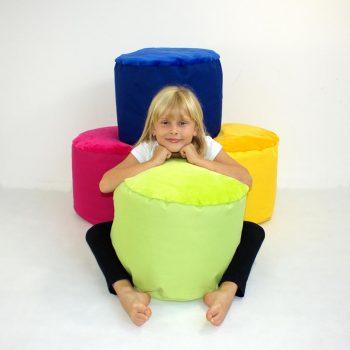 Taburet maly detsky-mix barev
